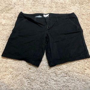 AE black Bermuda shorts